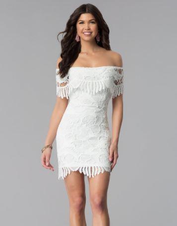 2019 Abiye Modelleri ve Şık Gece Elbiseleri Beyaz Kısa Omuz Açık Düşük Kol Güpür Dantelli
