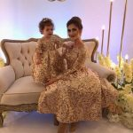 Anne Kız Kıyafetleri Gold Midi Uzun Kollu Pul Payetli