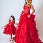 Anne Kız Kıyafetleri Kırmızı Uzun Kolsuz Yuvarlak Yaka Kabarık Fırfırlı Etekli