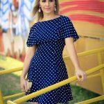 Desenli Elbise Modelleri Lacivert Kısa Kayık Yaka Kısa Kol Puantiyeli