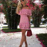 Desenli Elbise Modelleri Pembe Kısa Straplez Düşük Kol Fırfır Detaylı Desenli