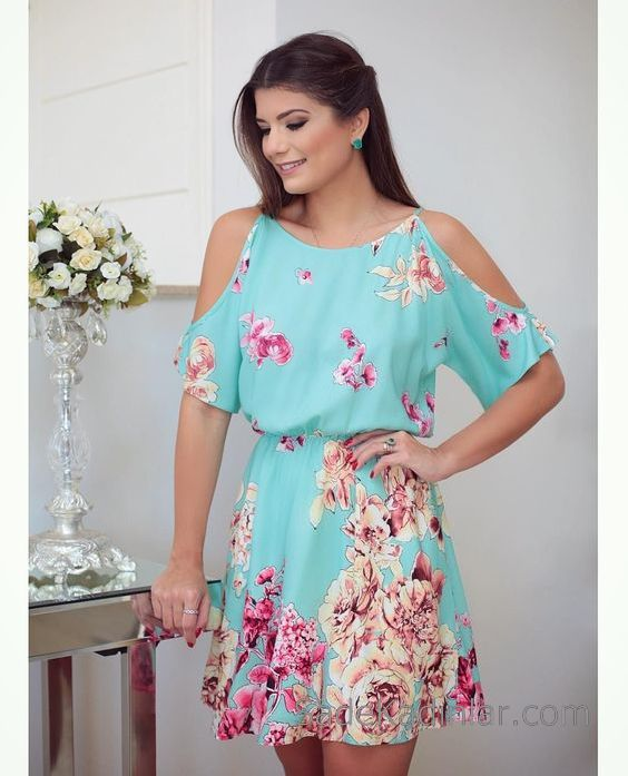 Desenli Elbise Modelleri Su Yeşili Yuvarlak Yaka Omzu Açık Çiçek Desenli