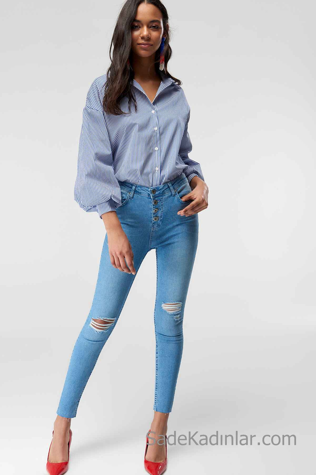 Pantolon Kombinleri Mavi Yırtık Pantolon Lacivert Uzun Kollu Desenli Salaş Gömlek
