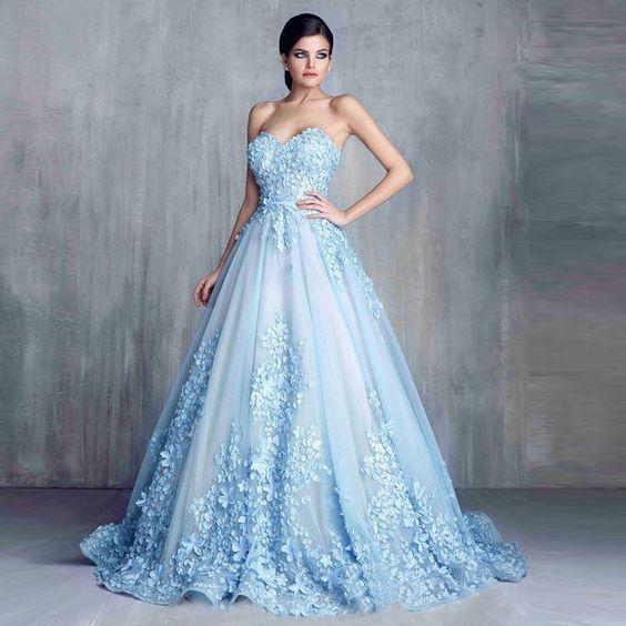 f9fe0c1f0cdb7 Prenses Model Abiye Bebek Mavisi Uzun Straplez Kalp Yaka Kumaş Çiçek Süslü