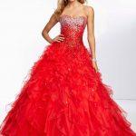 Prenses Model Abiye Kırmızı Uzun Straplez Kalp YAka Taş İşlemeli Fırfırlı Etekli