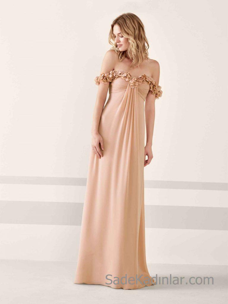 Pronovias 2019 Abiye Elbise Modelleri Vizon Uzun Omzu Açık Kalp Yaka Yakası Kumaş Çiçekli
