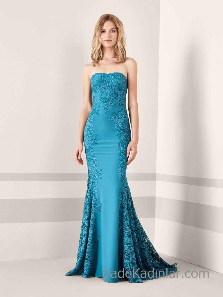 Pronovias 2019 Abiye Elbise Modelleri Yeşil Uzun Balık Straplez Kalp Yaka Dantelli