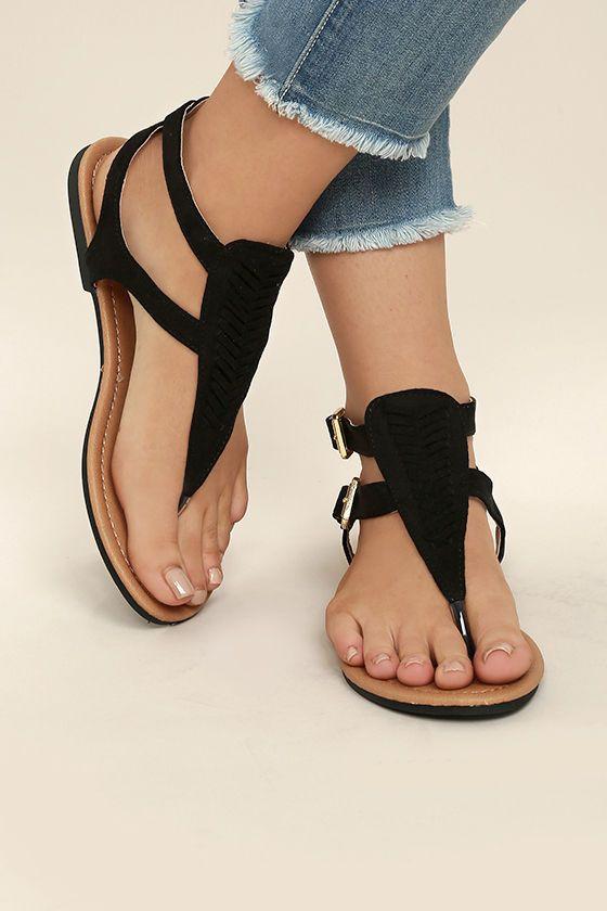 Sandalet Modelleri Siyah Parmak Arası Çift Tokalı