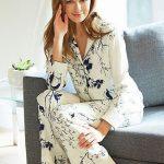 Saten Pijama Takımları Bej uzun Kollu Yakalı Desenli