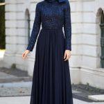 2019 Tesettür Abiye Modelleri Lacivert Uzun Boncuk İşleme Detaylı