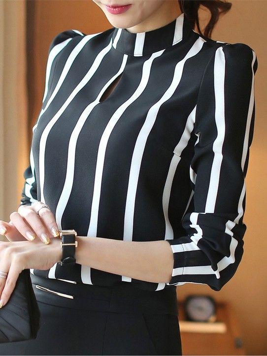 Bayanlar İçin Yazlık Şifon Gömlek Modelleri Siyah ve Beyaz Çizgili Yarım Balıkçı Yaka Uzun kollu