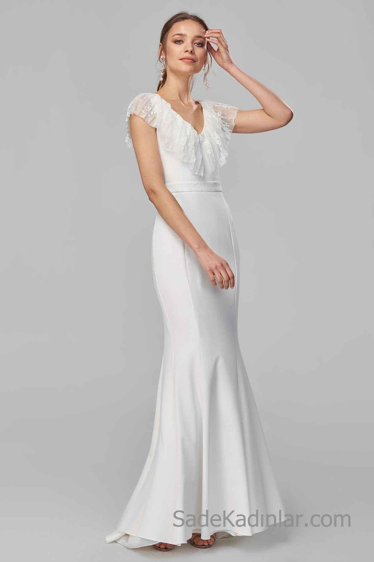 2020 Uzun Abiye Modelleri Beyaz uzun V Yakalı Japone Kol Dantel Fırfırlı Yaka