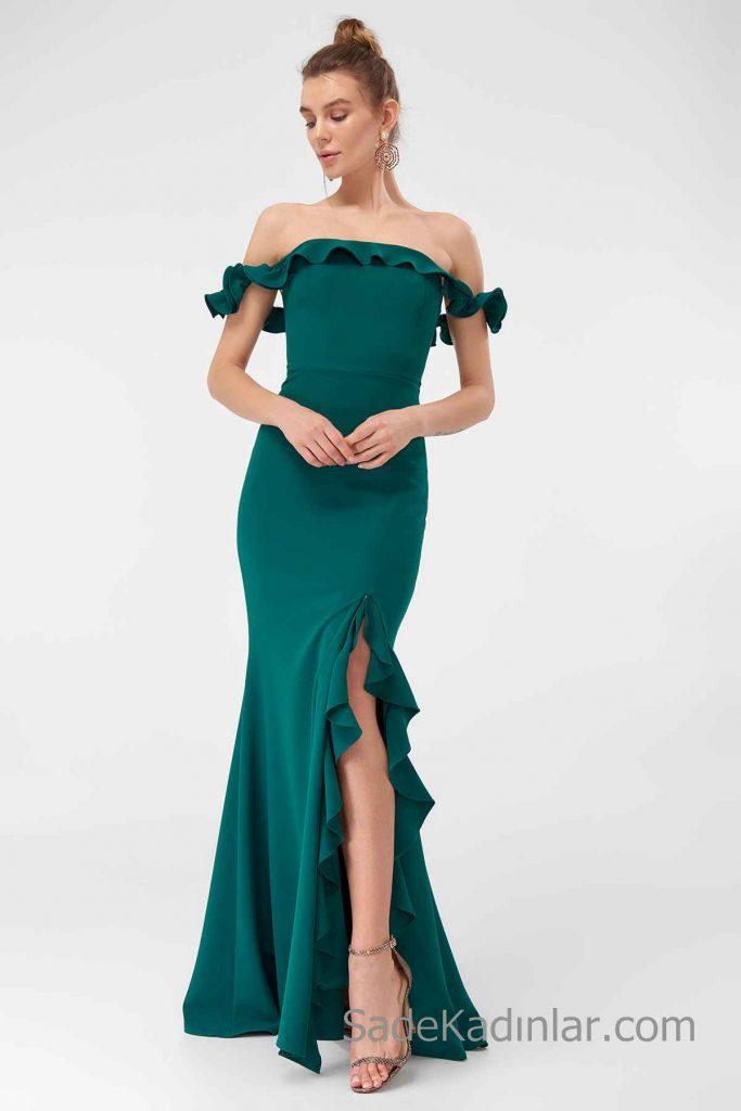 2019 Uzun Abiye Modelleri Yeşil uzun Omzu Açık Düşük Kol Önden Yırtmaçlı Fırfırlı
