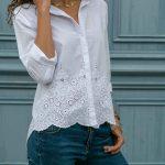 2020 Beyaz Gömlek Modelleri Uzun Kollu Önden Düğmeli Etek Kısmı Güpürlü