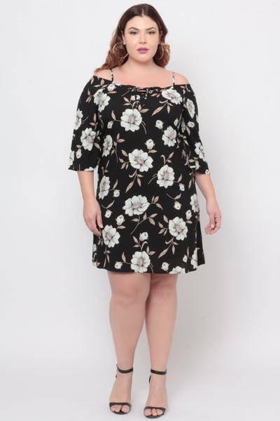 2019 Büyük Beden Yazlık Elbise Modelleri Siyah Kısa Askılı Yetim Kol Desenli