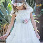 2020 Kız Çocuk Abiye Elbise Beyaz Kısa Kollu Yuvarlak Dantel Yaka Etekleri Fırfırlı