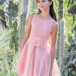 10 Yaş 2020 Kız Çocuk Abiye Elbise Modelleri Pembe Kolsuz Belinde Kumaş Çiçekli Kloş Etek