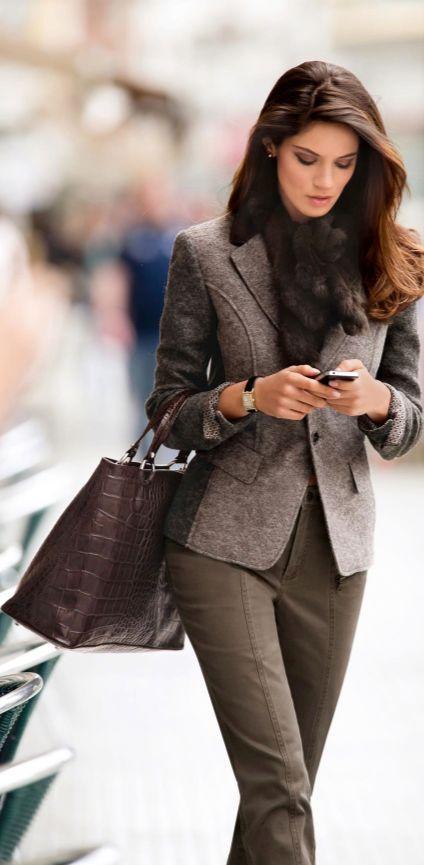 İş Kadınları İçin 2020 Ofis Şıklığı Pantolon Ceket Kombinleri