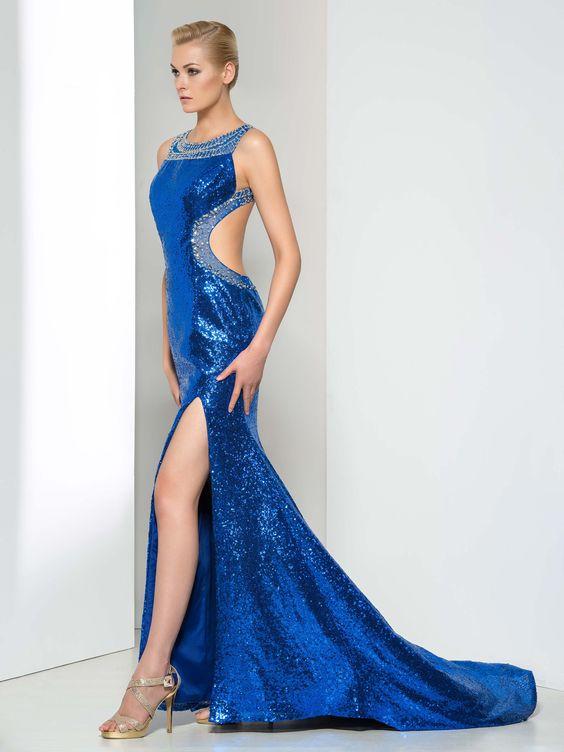 2020 Saks Mavi Elbise Modelleri Uzun Kolsuz Yırtmaçlı Sırt Dekolteli
