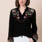 Siyah Gömlek Modelleri Uzun Kollu Yaka ve Kolları Nakış İşlemeli