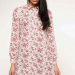 Tunik Gömlek Modelleri Beyaz Önden Düğmeli Uzun Kollu Çiçek Desenli
