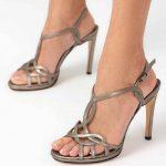 İnce Topuklu Ayakkabı Modelleri Platin İnce Çapraz Geçme Bantlı Tokalı