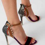İnce Topuklu Ayakkabı Modelleri Siyah Kenarları Tırtıklı Yandan Tokalı