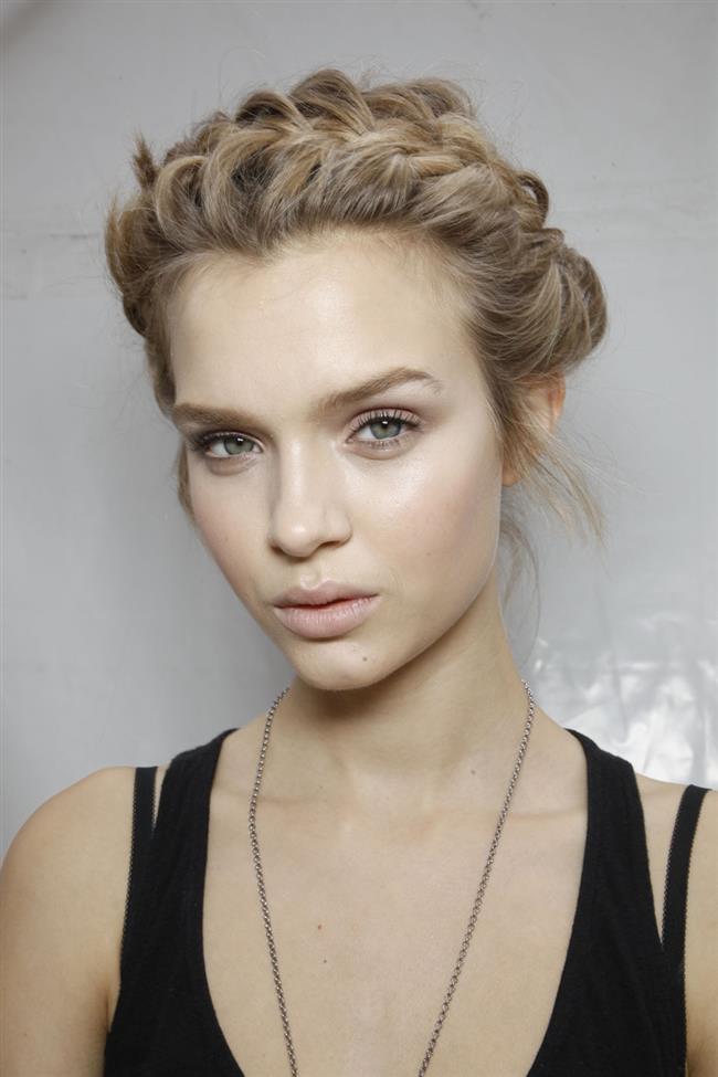 Örgü Saç Modelleri Saç Stillerinde Her Zaman Moda Josephine Skriver