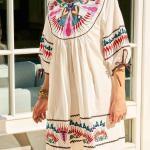 Bohem Elbise Modelleri Beyaz Kısa Geniş yaka Kısa Kol Nakış İşlemeli