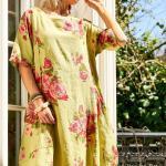 Bohem Elbise Modelleri Yeşil Midi Geniş Yaka Kısa Kol Çiçek Desenli