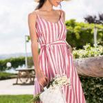 2020 Günlük Keten Elbise Modelleri Kırmızı Dizboyu İp Askılı V Yakalı Çizgi Desenli Bağcıklı
