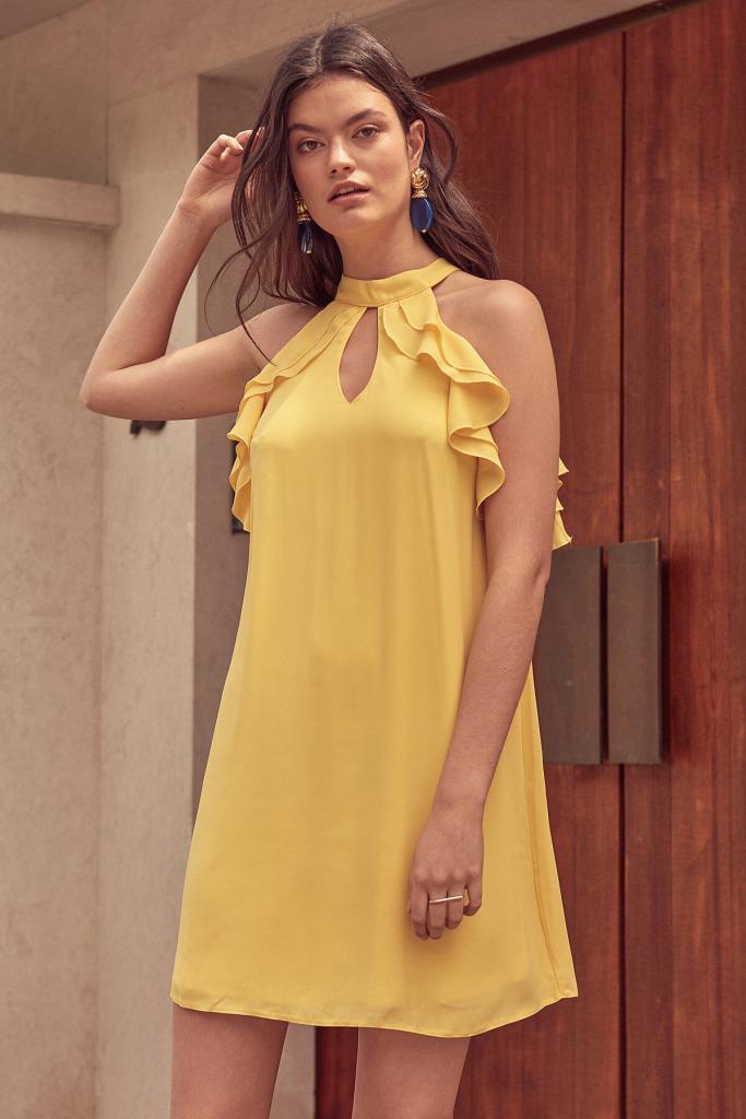 Sarı Elbise Modelleri Kısa Halter Yaka Kol Kısmı Fırfır Detaylı