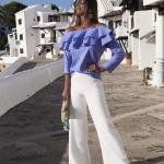 Yazlık Şık bayan kıyafet Kombinleri ve Günlük Kombinler Beyaz Bol Kesim Pantolon Mavi Omzu Açık Fırfılı Yaka Uzun Kollu Bluz