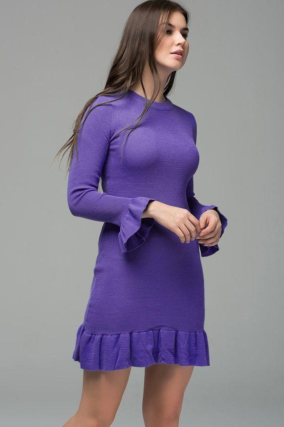 2019 Triko Elbise Modelleri Mor Kısa Kolları ve Etek Kısmı Fırfır Detaylı