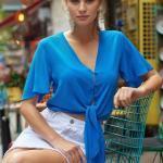 2019 Şık Kombinler Beyaz Kısa Etek Mavi Önden Düğmeli Bağlamalı Kısa Kol V Yakalı Bluz