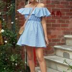2019 Şık Kombinler Mavi Kısa Omzu Açık Fırfırlı Yaka Çizgi Desenli Elbise