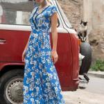 2019 Şık Kombinler Mavi Uzun Kolsuz Kruvaze Yaka Çiçek Desenli Elbise
