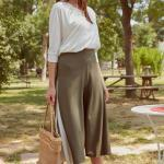 2019 Şık Kombinler Yeşil Capri Pantolon Beyaz Uzun Kollu Bluz