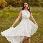 En Güzel 2020 Beyaz Elbise Modelleri Ön Kısa Arkası Uzun Kolsuz Bağcıklı Yaka Dantel