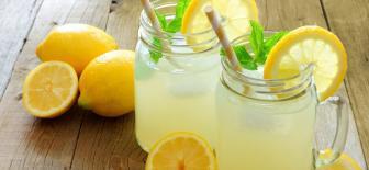 Ev Yapımı Limonata Yaz Sıcaklarında Ferahlatan İçecek Tarifi