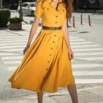 Kloş Elbise Modelleri Sarı Midi Kısa Kollu Düğmeli Kemerli