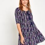 Koton Elbise Modelleri Lacivert Kısa Yakası BAğcıklı Kısa Kol Desenli