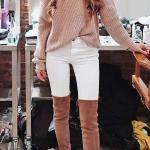 2020 Bayan Kış Kombinleri Beyaz Pantolon Vizom Tek Omzu Açık Salaş Kazak