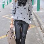 2020 Bayan Kış Kombinleri Siyah Deri Pantolon Gri Ponponlu Kazak