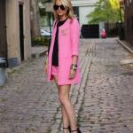 2019 Moda Renkleri Pembe Kısa Şort Siyah Bluz Pembe Uzun Kollu Ceket