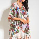 2019 Plaj Elbisesi Modelleri Beyaz v YAkalı Yetim Kol Desenli Püskül Detaylı