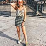 2019 Tarz Kombinler Yeşil Kısa Desenli Etek Gümüş Askılı V Yakalı Bluz Outfits