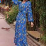 2020 Uzun Elbise Modelleri Saks Mavi Uzun Yakalı Düğmeli Uzun Kol Desenli