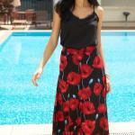2020 Yaz İçin Günlük Etek Kombinleri Siyah Midi Çiçek Desenli Etek Siyah İp Askılı Bluz