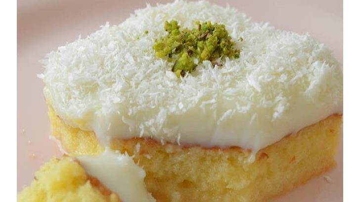 Hafif Tatlıları Sevenler İçin Gelin Pastası Tarifi